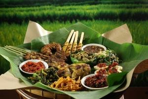 the uma bali balinese restaurant paket 4 orang platter food